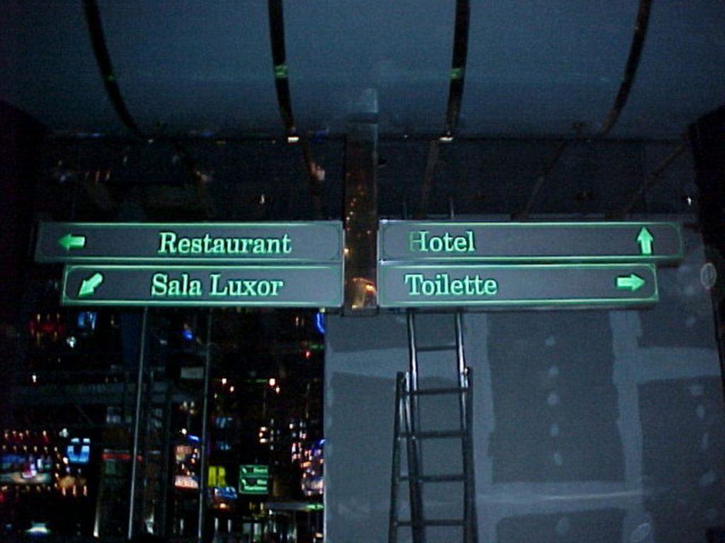 Casino Park svetlobne označbe